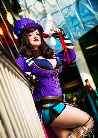 Cosplay-Cover: Mad Moxxi  ✿