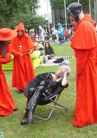 Cosplay-Cover: Kardinal Ximinez (Spanische Inquisition)