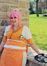 Cosplay-Cover: Estelle (Waitress)