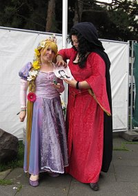 Cosplay-Cover: Gothel