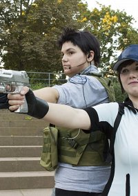Cosplay-Cover: Jill Valentin ~ BSAA Outfit ~