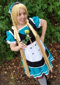 Cosplay-Cover: Polka blue Dress