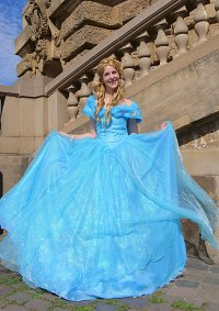 Cosplay-Cover: Cinderella 2015 Movie-Version