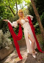 Cosplay-Cover: Nero Claudius Formal Dress