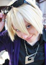 Cosplay-Cover: Klavier Gavin  『牙琉•響也,』 -Afterwork- »17 Years old«