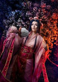 Cosplay-Cover: Empress Ren Hakuei