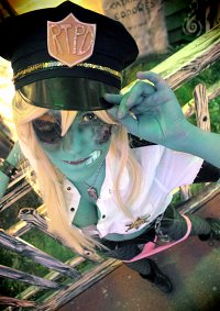 Cosplay-Cover: Zombie Panty {Zombie Police}