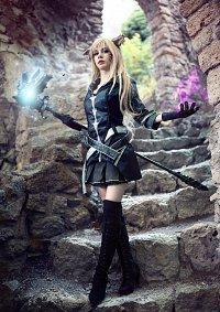 Cosplay-Cover: Miqo'te - Black Mage