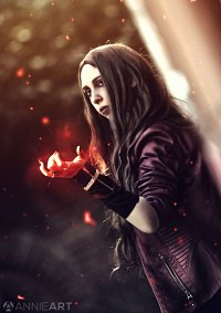 Cosplay-Cover: Wanda Maximoff · 『Age of Ultron』