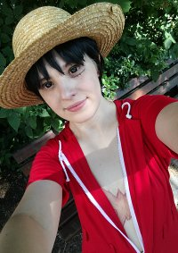 Cosplay-Cover: Monkey D. Luffy [Hand Island Adventure]