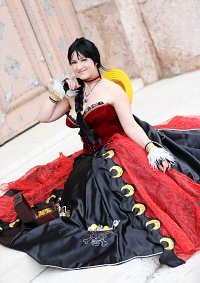 Cosplay-Cover: Lady Ruffy [Strong World Ballgown]