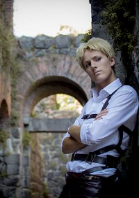 Cosplay-Cover: Reiner Braun [Traitor Casual Outfit]