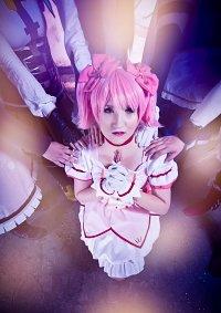 Cosplay-Cover: Kaname Madoka [Magical Girl]