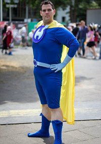 Cosplay-Cover: Captain Hero/Tim Tommerson