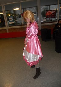 Cosplay-Cover: Poland ball gown