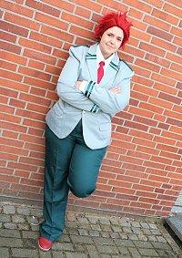 Cosplay-Cover: Eijirou Kirishima [School]