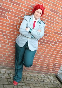 Cosplay-Cover: Eijirou Kirishima [School]