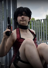 Cosplay-Cover: Ada Wong [RE4]