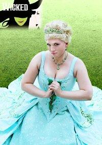 Cosplay-Cover: Glinda- Verlobungskleid