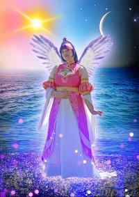 Cosplay-Cover: Princess Twilight Sparkle -Coronation dress-