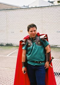 Cosplay-Cover: Loui the Rune Soldier
