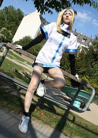 Cosplay-Cover: Millia Rage