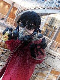 Cosplay-Cover: Street Artist Robin/Spray Wonder