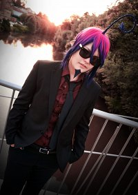 Cosplay-Cover: Mephisto Pheles [Suit]