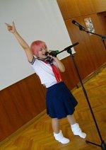 Cosplay-Cover: Shuichi (School Girl for Yuki XD)