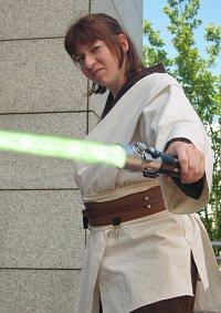 Cosplay-Cover: Shan Ayeslan (Jedi Master)