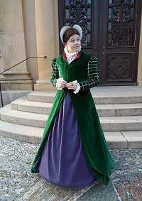 Cosplay-Cover: Elizabethan Fitted Gown