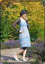 Cosplay-Cover: Alice Cullen [Kitchen-dress]