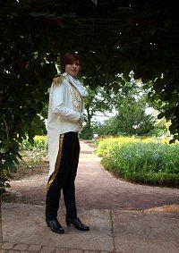 Cosplay-Cover: Risa Niigaki als Prinz Chris