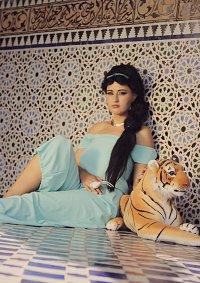 Cosplay-Cover: Jasmin