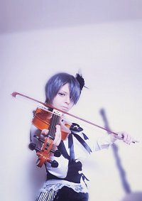 Cosplay-Cover: Ciel Phantomhive Black Lily