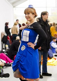 Cosplay-Cover: Time And Relative Dimensions In Space