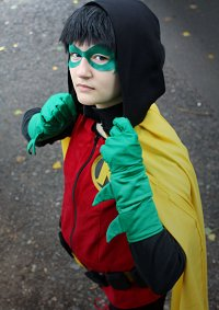 Cosplay-Cover: Robin V [Damian Wayne]