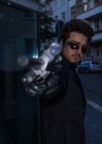 Cosplay-Cover: Adam Jensen - Deus Ex: Human Revolution