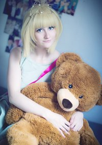 Cosplay-Cover: Annie [Prom Queen] ♪