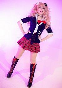 Cosplay-Cover: Junko Enoshima
