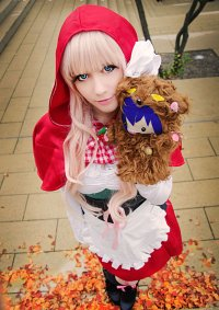 Cosplay-Cover: Sheryl Nome [[Red Riding Hood]]
