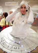 Cosplay-Cover: U.S.S. Enterprise NCC - 1701