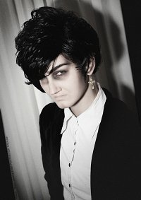 Cosplay-Cover: Tall Goth || Michael