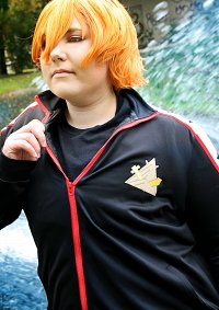 Cosplay-Cover: Momotaru (Trainingsanzug)