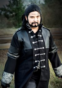 Cosplay-Cover: Gladiolus Amicitia - Kingsglaive