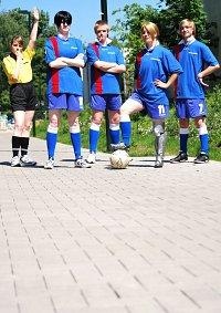 Cosplay-Cover: Riza Hawkeye (Fußball-Fanart)