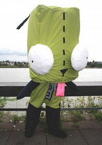 Cosplay-Cover: Gir