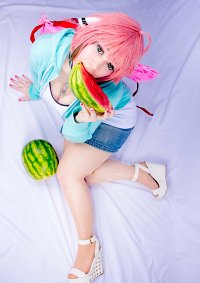 Cosplay-Cover: Ikaros (casual)