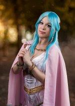 Cosplay-Cover: Vivi Nefeltari (Princess Dress)