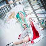 Cosplay: Snow Miku 2013
